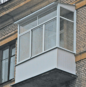 Остекление балконов и лоджий с крышей фото.